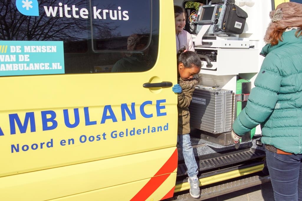witte kruis ambulancezorg
